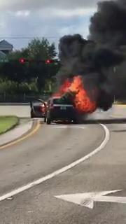 Video: Driver escapes safely before car erupts in flames