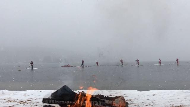 Video: Santas on Paddle Boards
