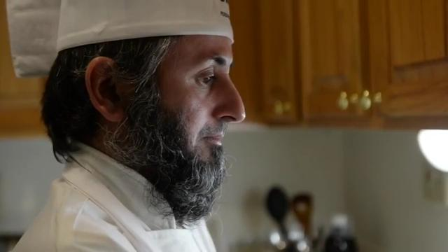 A blind Muslim chef preparing a meal in Cliffside Park for donors who helped pay for his pilgrimage to Mecca became Record photojournalist Anne-Marie Caruso's favorite video of 2017