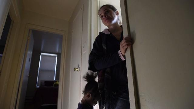 Video: Living in an apartment plagued by water leaks, mold and roaches