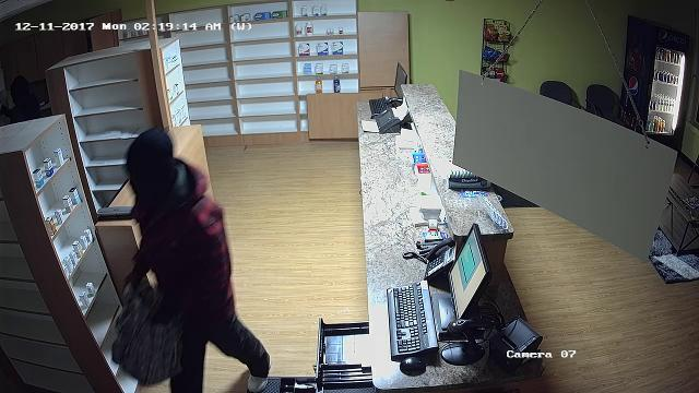 3 sought in Commerce Twp.  pharmacy robbery