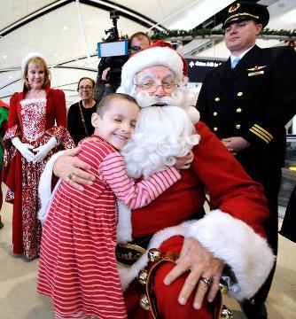 Santa at Delta Airlines