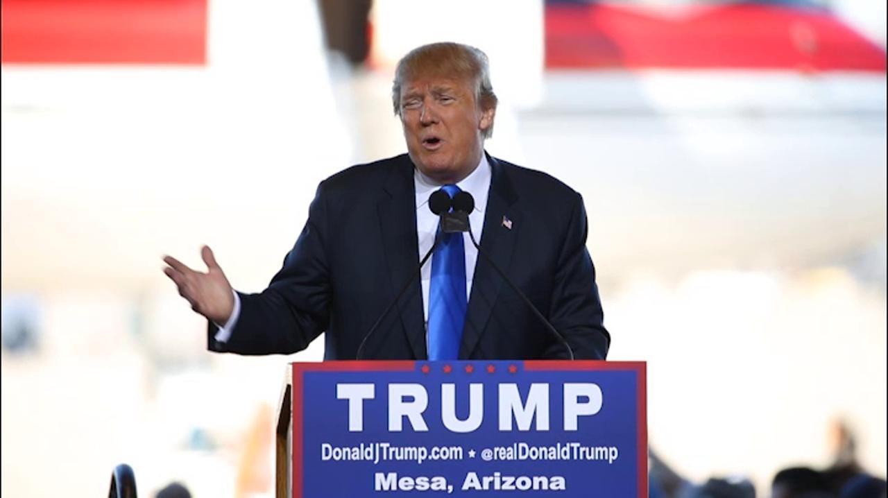 Trump calls America's leaders stupid