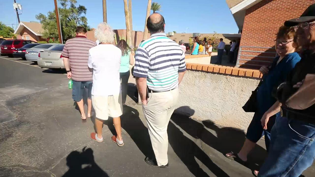 Hour and a half line to vote in Arizona Primary