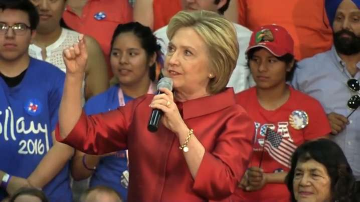 Hillary Clinton rallies at Phoenix high school