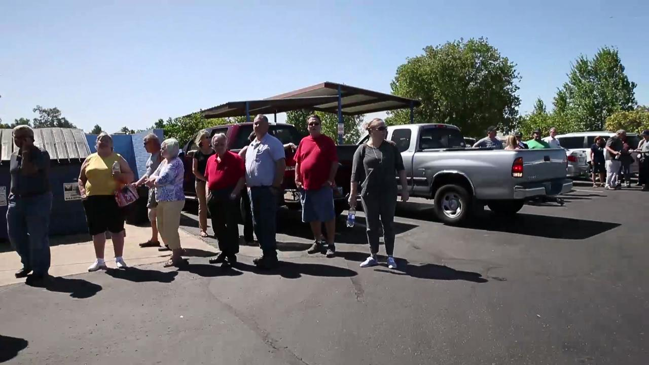 Lines frustrating voters in Arizona