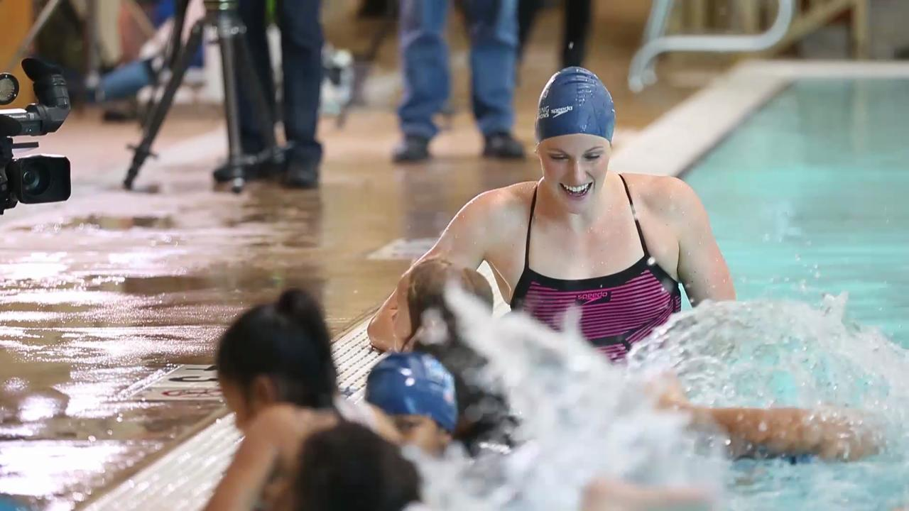 Olympic swimmer Missy Franklin swims with kids