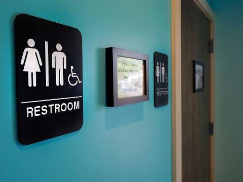 Judge in Texas temporarily blocks Obama's transgender rules