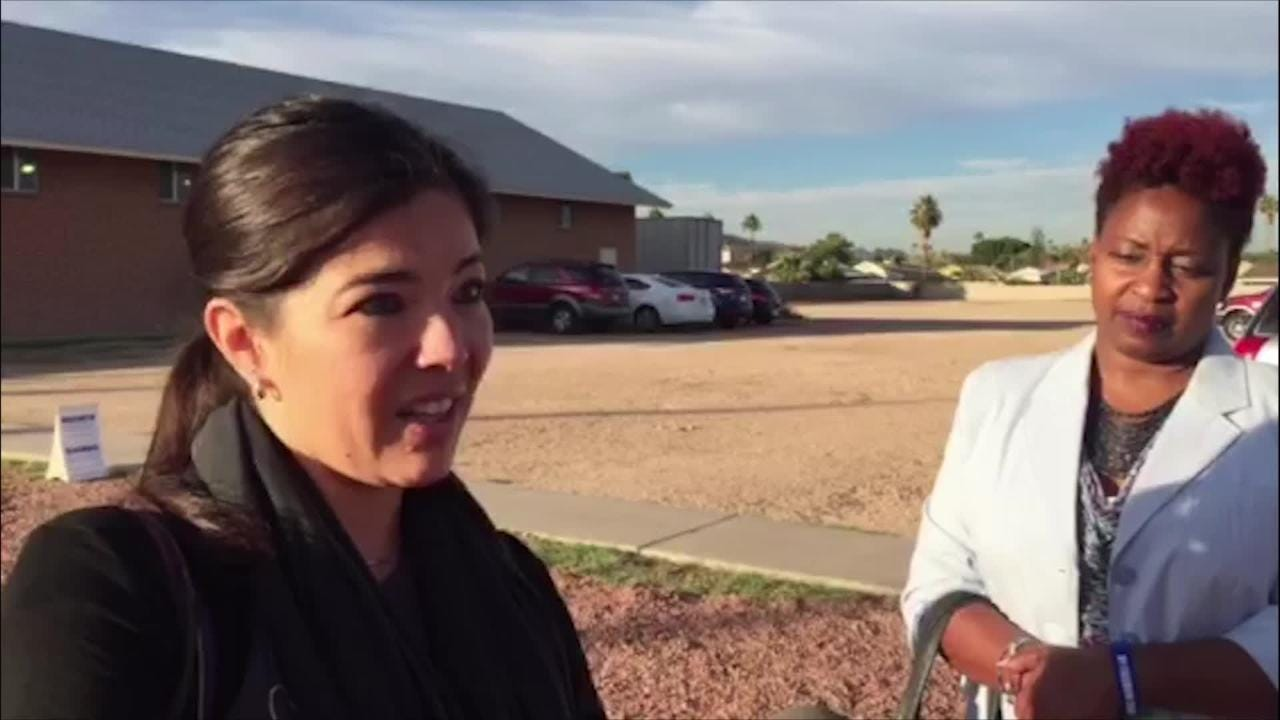 Yvonne Jimenez talks about voting machine freezing in Phoenix