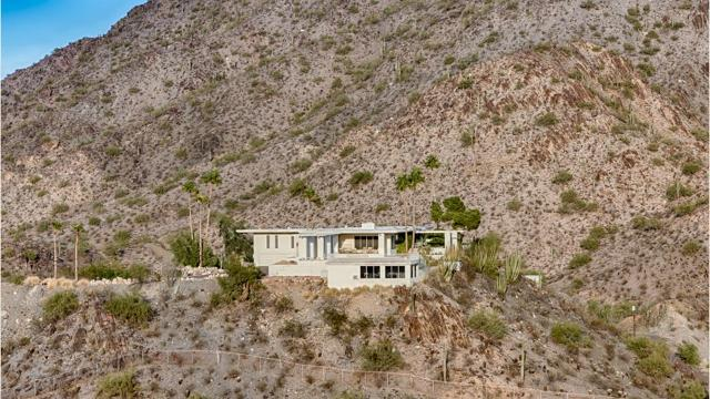 Home near Piestewa Peak sells for $3.2M