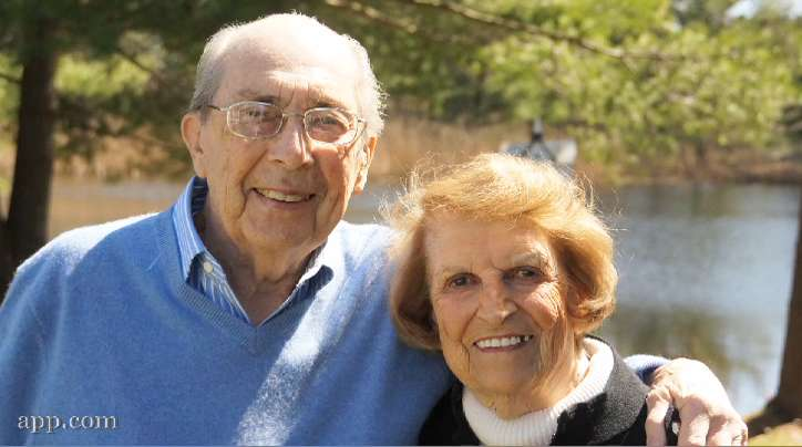 Bob Berry and Marjorie Webster rekindle their high school relationship after 75 years of being apart. VIDEO BY: BRIAN JOHNSTON