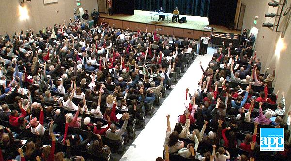 Show of hands in opposition to JCP&L power line plan