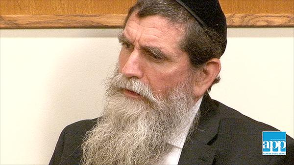Rabbi Eisemann pleads 'not guilty' to SCHI school theft