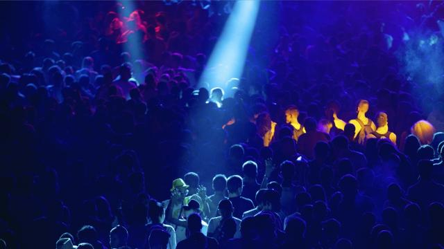 Safety tips for teens at concerts