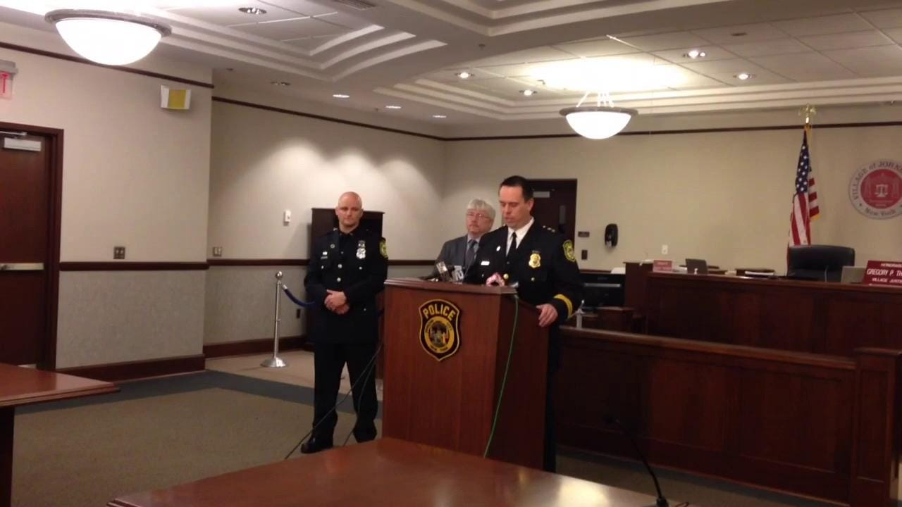 JC police chief, officer discuss Medal of Valor award
