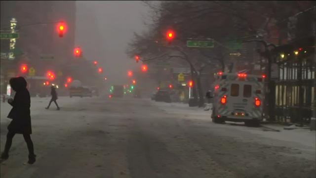 VIDEO: NYC residents woke up to snow-covered streets