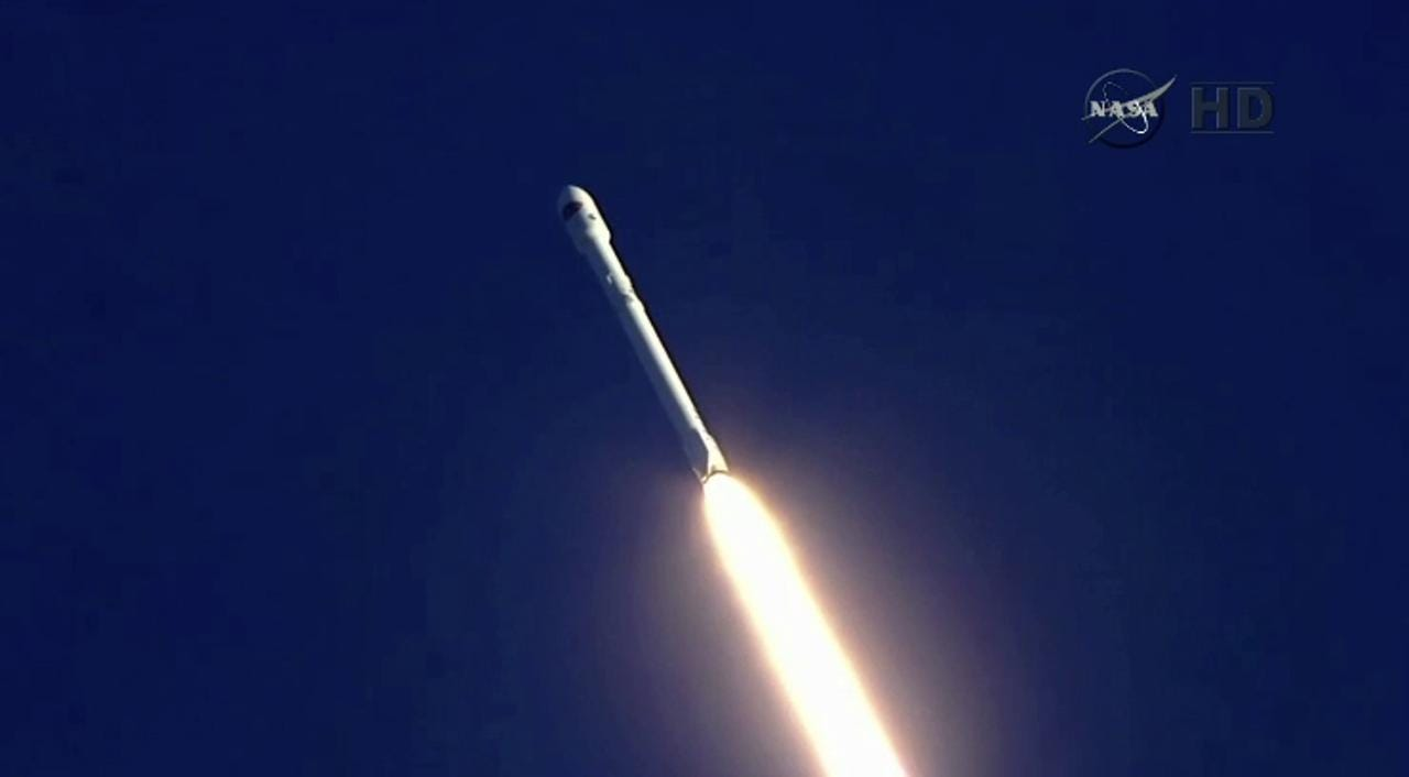 Video: SpaceX launch of DSCOVR