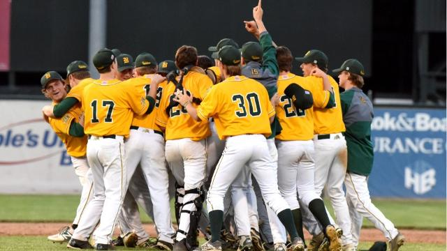 Burr and Burton pulls away from Essex in D-I final