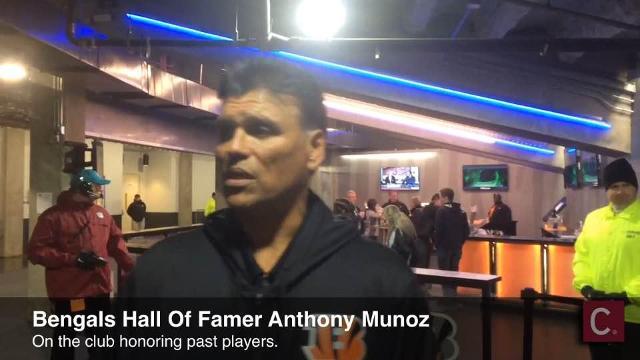 4e72ab483ad Hall-of-Famer Anthony Munoz giving back to Hispanic community