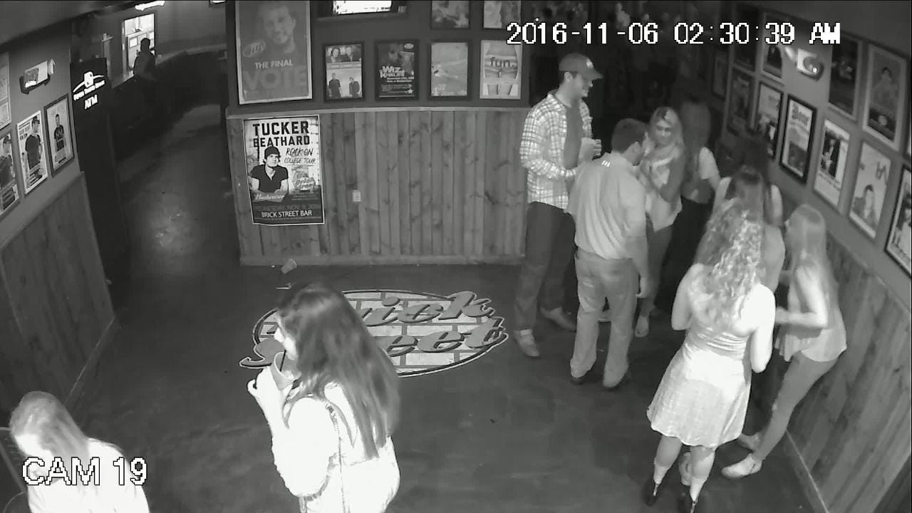 Just before the incident at Brick Street Bar