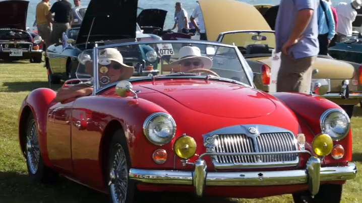 Hundreds Of MG Owners Gather To Show Their Cars - Mg car show