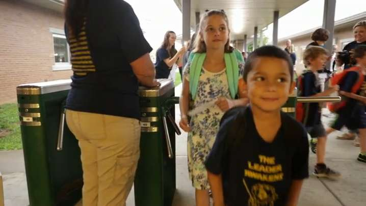 First day of school for Oldham County students | Video