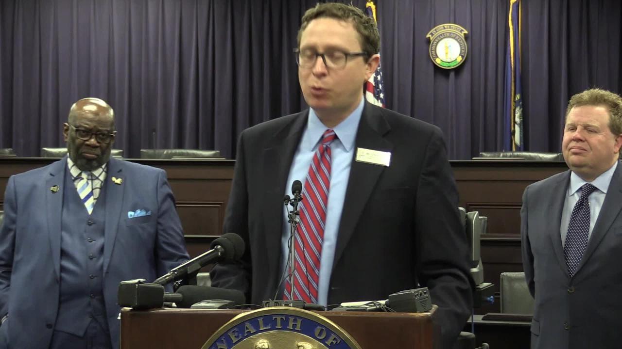 JCPS board member Chris Kolb speaks in opposition to HB 520