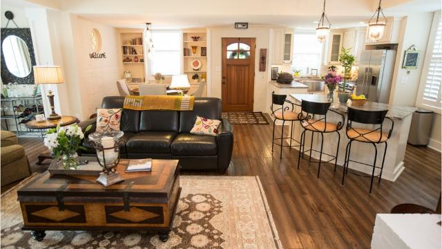 Crescent Hill Carriage House Is A Barn To Home Gem