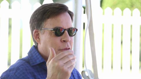 Bob Costas makes first visit to Field of Dreams