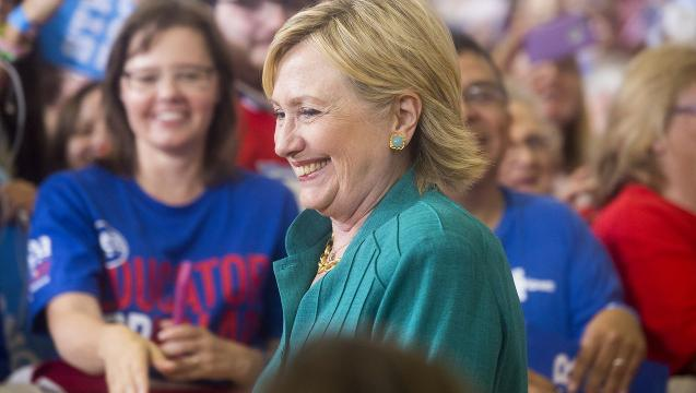 To win Iowa, Hillary Clinton must do well with female and suburban voters and drive turnout among Latinos.