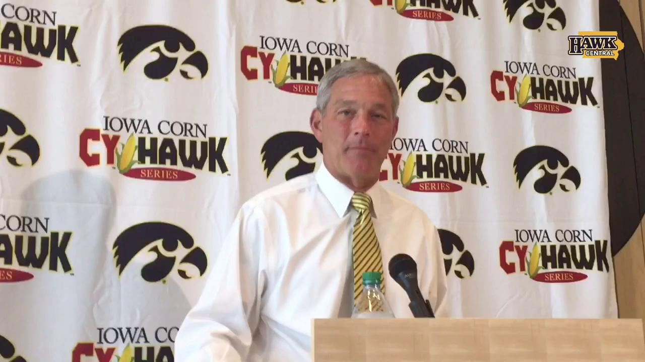 After signing a new contract, Ferentz thankful for Iowa's trust in him
