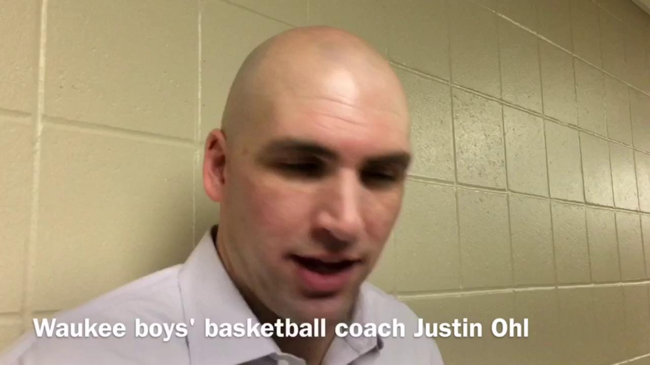 Waukee boys' basketball coach Justin Ohl talks after his team beat Des Moines Hoover, 33-32, on Tuesday.