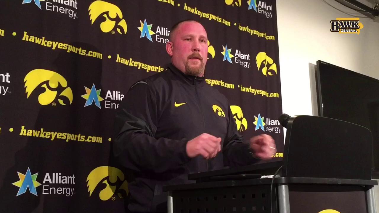 Iowa assistant's story about selling a golf club for gas money