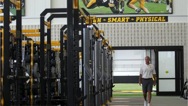 Nutrition spending soaring for Iowa, ISU football