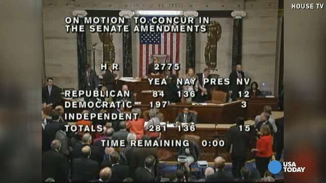 House stenographer loses it during shutdown vote