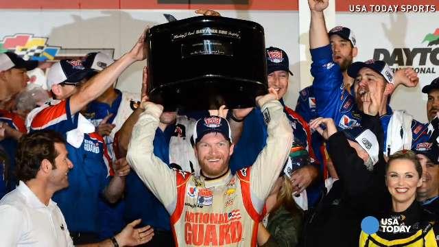 Dale Earnhardt Jr. wins rainy Daytona 500