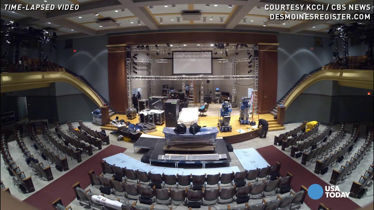 Watch Democratic debate hall set up in under 30 seconds