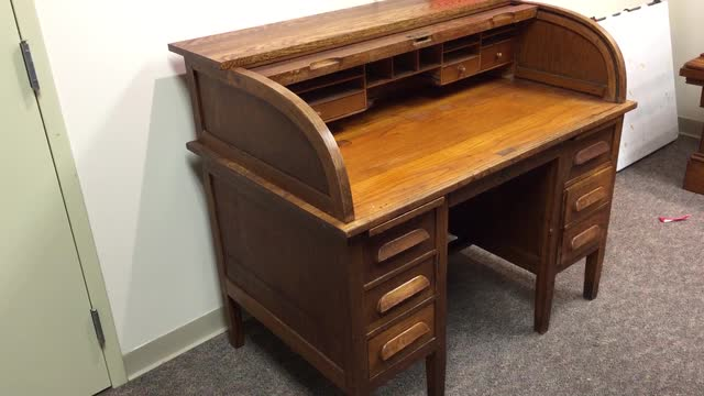 GLENN BLACK ARTIFACTS: Desk