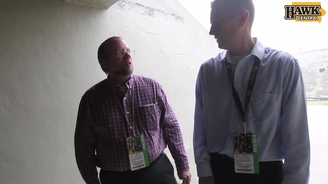 Chad Leistikow, Mark Emmert recap Iowa loss vs. Northwestern