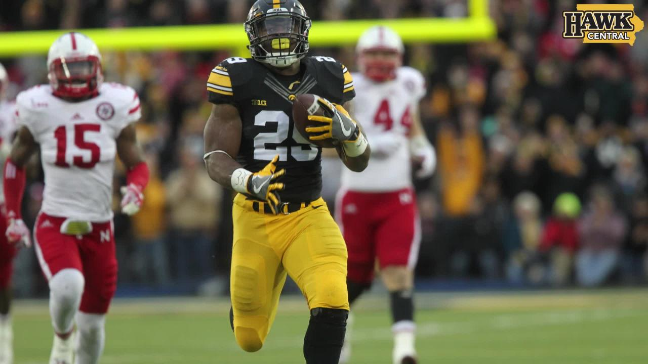 Highlights of Iowa's 40-10 win over Nebraska