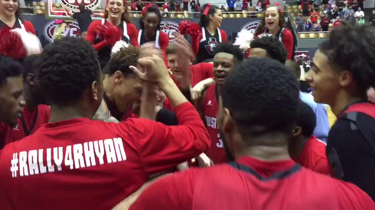 Govs win first OVC title since 2008