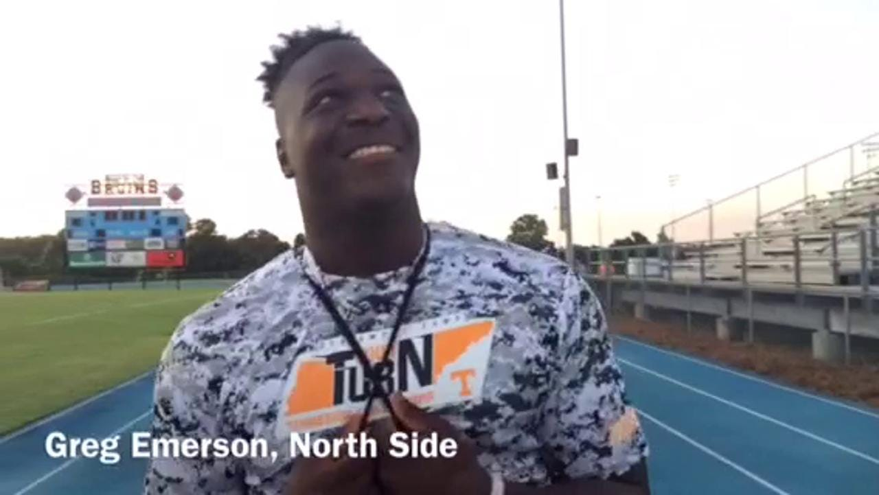 VIDEO: Recruits at UT lineman camp