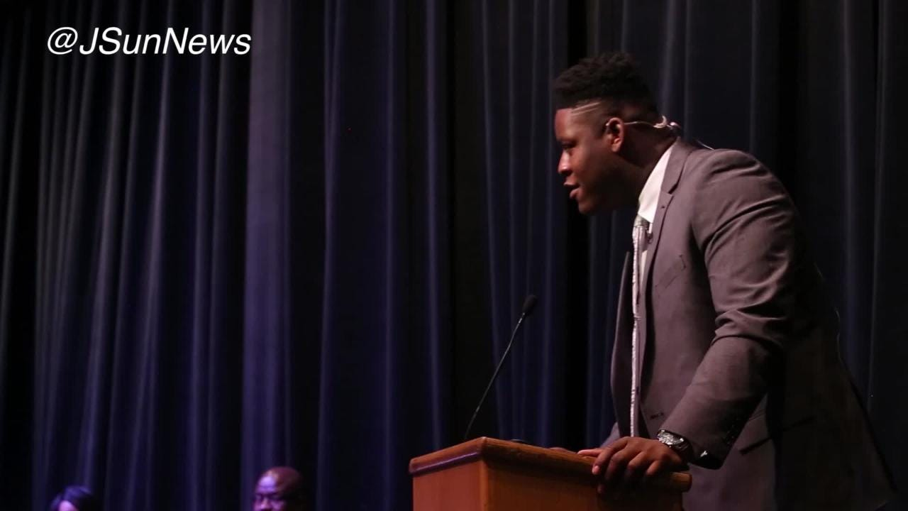 VIDEO: Trey Smith gives a speech before announcing where he will play college football