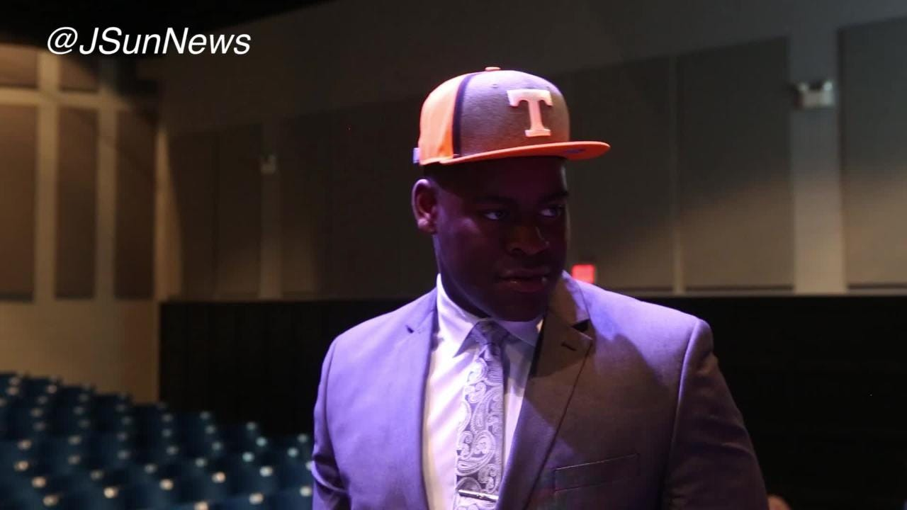 VIDEO: Trey Smith speaks after committing to Tennessee