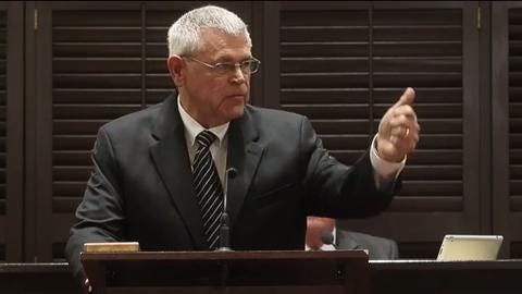 Mike Fitzhugh speaks after being voted Interim Rutherford County Sheriff
