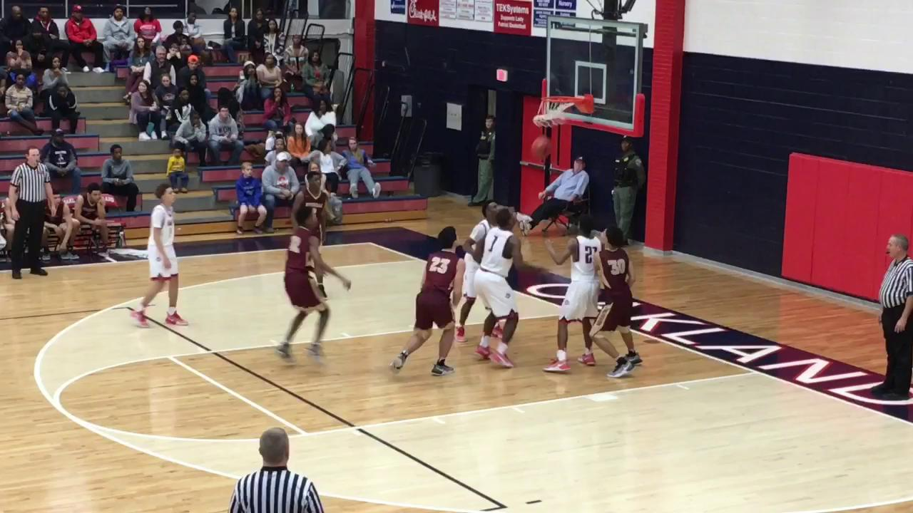 Video: Highlights of Oakland boys' 47-45 win over Riverdale