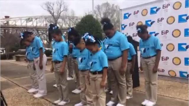 WATCH: Westwood students rap about Shreveport Aquarium