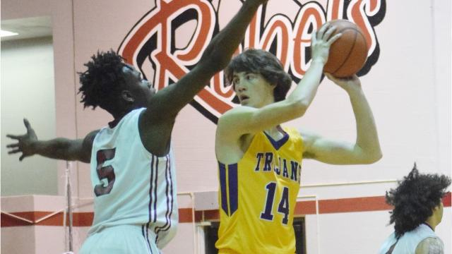 The Pineville High School and Alexandria Senior High School boys' basketball teams square off Wednesday, Feb. 7, 2017 in Pineville.