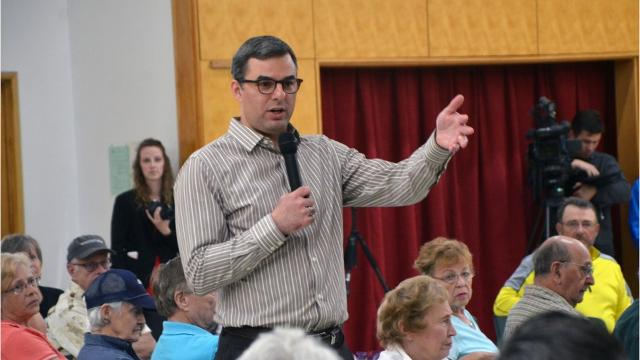 U.S. Rep. Justin Amash spoke witth constituents Thursday, June 1.