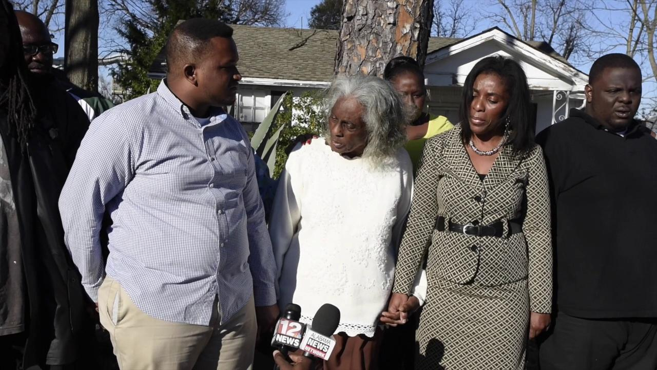Shooting victim's mother wants to go to church with shooter